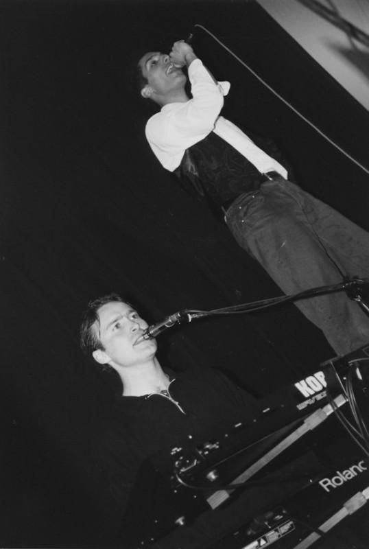 Dam-Nostalghia-Live1