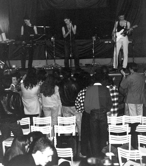 Dam-Nostalghia-Live3