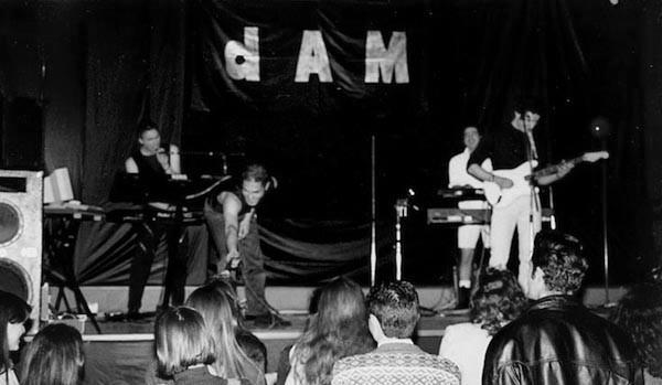Dam-Nostalghia-Live6